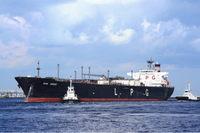 貿易統計 タンカーの写真(PIXTA).jpg